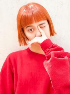 オン眉切りっぱなしボブ!ジューシーオレンジカラー|DaB OMOTESANDOのヘアスタイル