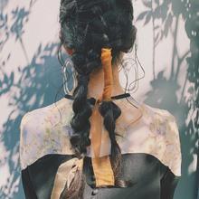 アシンメトリーのツインアレンジ|DaB OMOTESANDOのヘアスタイル