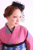 ピンクの獅子のアンティーク着物とグルグルまとめ髪