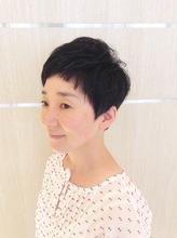シンプルショートヘア|Deja−Vuのヘアスタイル