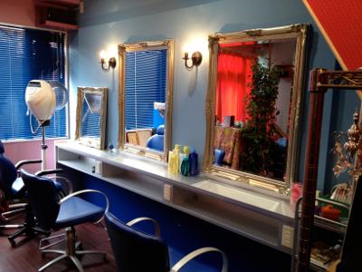 ○ペルソナ美容室