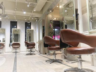 Vis lien hair&makeup 川口店