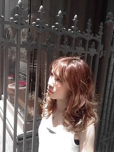 海外のモデルのような柔らかな質感♪|enchanteのヘアスタイル