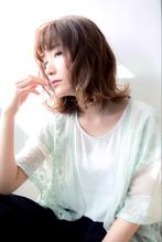 【Euphoria銀座本店】柔らかカールで小顔☆ミディアム|Euphoria 銀座本店のヘアスタイル