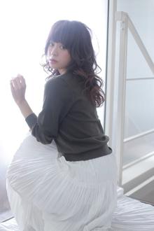 【Euphoria】ドラマティックな♪完成された女っぽセミディ☆|Euphoria HARAJUKUのヘアスタイル