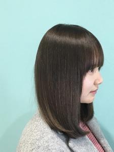 【Euphoria】アッシュベージュ×モテつやミディ★担当黒田|Euphoria HARAJUKUのヘアスタイル