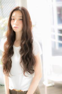 ウェーブロング|Euphoria SHIBUYA GRANDEのヘアスタイル
