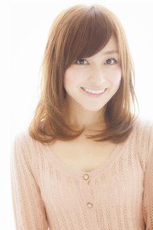 小顔になれる魔法のミディアム☆キレイ・可愛いヘア|Euphoria SHIBUYA GRANDEのヘアスタイル