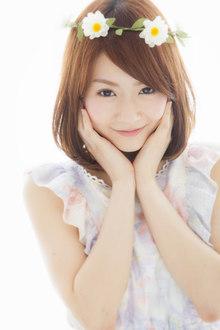 お花がとっても似合う☆キュートなセミディ|Euphoria SHIBUYA GRANDEのヘアスタイル