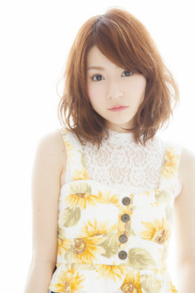 太陽きらきら夏スタイル☆ゆる巻きパーマのセミディ Euphoria SHIBUYA GRANDEのヘアスタイル