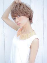 大人気のショートスタイル|Euphoria SHIBUYA GRANDE 椎名 裕紀のヘアスタイル