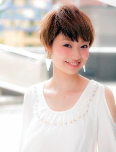朝のスタイリングが楽チン!大人可愛い愛されショート。 Euphoria 【ユーフォリア】新宿店のヘアスタイル