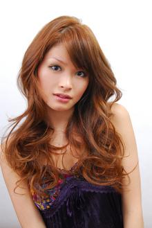  Euphoria 【ユーフォリア】新宿店のヘアスタイル
