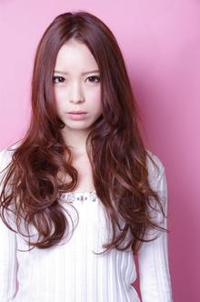 【Euphoria】甘ユルロング Euphoria 【ユーフォリア】新宿店のヘアスタイル