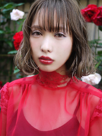 Foreign girl * IT BOB / シアーソロウボブ