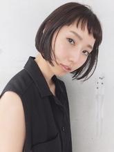 束感ワイドバングに惹かれるスリークショートボブ|FAIR LADY 下北沢店のヘアスタイル