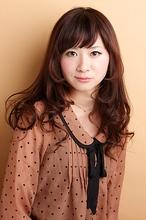 シフォン×カール feel 富樫 紗希のヘアスタイル