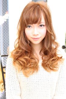 ちょいデコ・グラマラスキュート|FEERIE GINZAのヘアスタイル