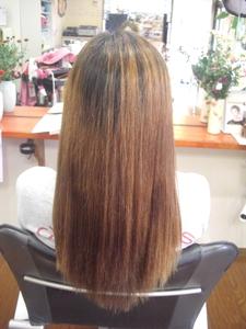 傷みを最小限に!|フレンド美容室のヘアスタイル