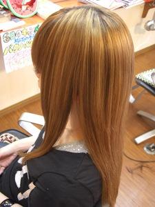 自然なツヤ☆オサマリ♪|フレンド美容室のヘアスタイル