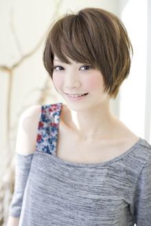 お手入れ簡単!!ショートでも女の子らしさの残るヘア|GARDEN omotesandoのヘアスタイル