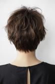 黒髪 × ナチュラルベリーショート