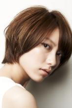 横から見ても、後ろから見てもバランスのとれたシルエット|GARDEN Tokyoのヘアスタイル