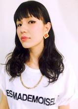ホワイトファッションに映えるブラック!|garden Hair-create spaceのヘアスタイル