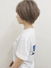 ショートスタイルは髪色も明るめで☆|garden Hair-create spaceのヘアスタイル