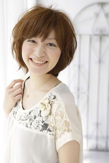 シンプルさが素材を引き立てる☆ナチュラルなストレートショート|green yuhigaokaのヘアスタイル