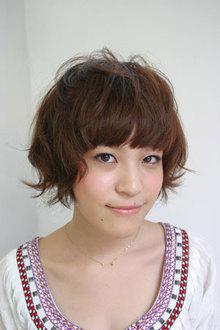 ショートパーマボブ GUZZLE HARAJUKUのヘアスタイル