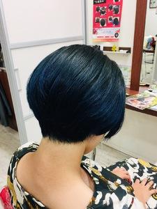 ブラック&ブルー|Hair Design ECRUのヘアスタイル