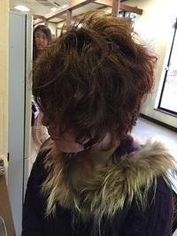かっこ可愛いハードロックヘア