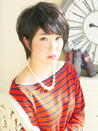 黒髪ピュアショート