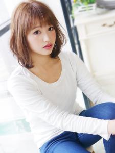 クリア可愛い揺れふわミディ☆ hair jurer deuxのヘアスタイル