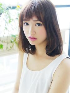 愛されバングでモテふわミディ☆|hair jurer deuxのヘアスタイル