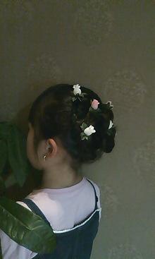 小さい花を散らしてみました|HAIR*LIBURのヘアスタイル