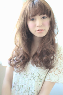 ロマンティックなウェーブスタイル☆ HAIR SNOBのヘアスタイル