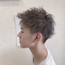 アッシュベージュ|HAIR MAKE FEEL 本店 北野 順也のメンズヘアスタイル
