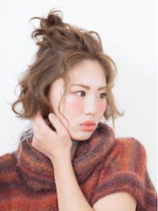 ヘアアレンジ HAIR MAKE FEEL 本店のヘアスタイル