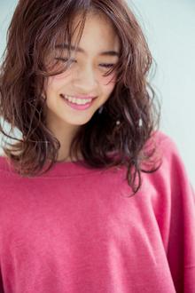 ナチュラル|HAIR MAKE FEEL 本店のヘアスタイル