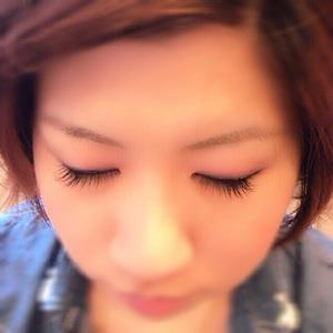 マツエク Jカール 目尻のみ|美容室magiaのヘアスタイル