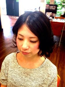 パパッと簡単!コテ巻き緩めカールが大人なキレイを引き出します。 Hair Collection MOVEのヘアスタイル