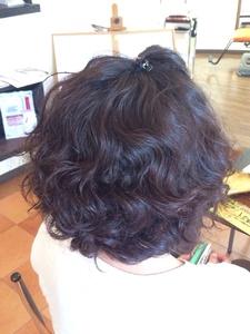 超絶なかわいさ 存在感のあるパーマだけど、いろんなものになじむ Hair Collection MOVEのヘアスタイル