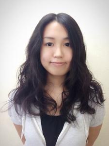 黒髪でも、ハイトーンカラーでもOK! 気だるいウェーブで、気分は海外セレブ|Hair Collection MOVEのヘアスタイル