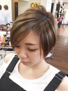 サラッとした質感が暑いシーズンにピッタリなコンパクトショート!!|Hair Collection MOVEのヘアスタイル