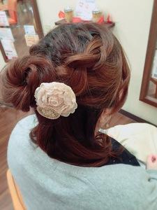 ハーフアップでキレイめ女子!!|Hair Collection MOVEのヘアスタイル