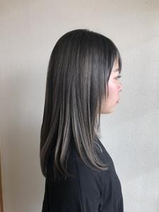 透明感カラー・グレージュ|富士市の美容室・美容院【Hygge〜ヒュッゲ〜】ヘッドスパ  静岡県富士市に美容室富士市美容院・カットカラーヘッドスパのヘアスタイル