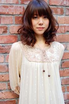 シフォンカールセミディ|SIECLE hair&spa 渋谷店のヘアスタイル
