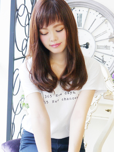 クール愛されセミディ☆|JurerBelleのヘアスタイル